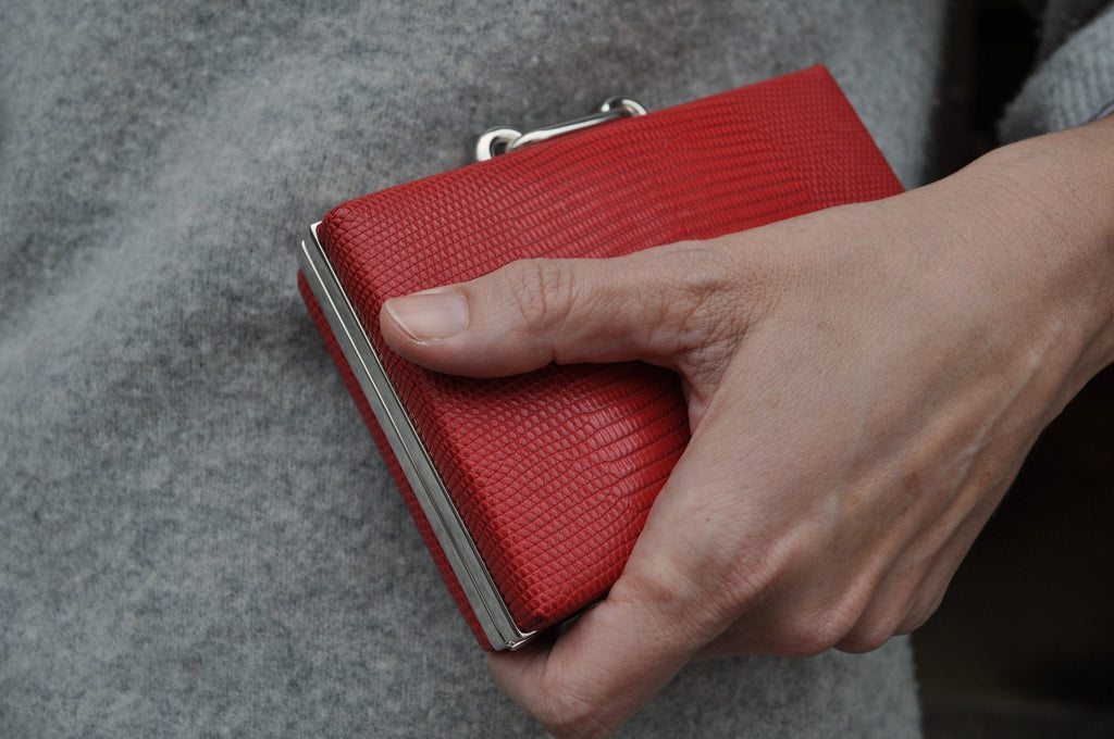 Balenziaga Red Lizard Box Clutch, Detail