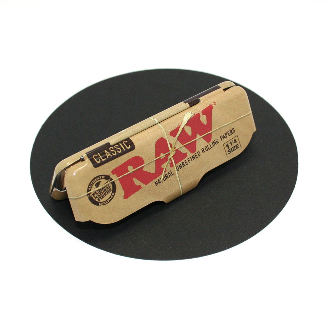 RAW Unrefined Classic Hemp Papers 1-1/4 with Matching Metal Case