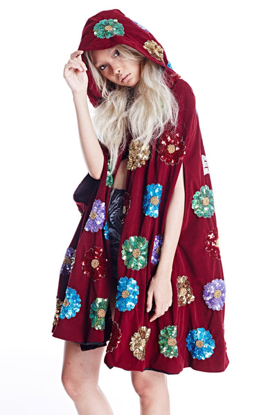 Wonderland Witch Robe - Maroon