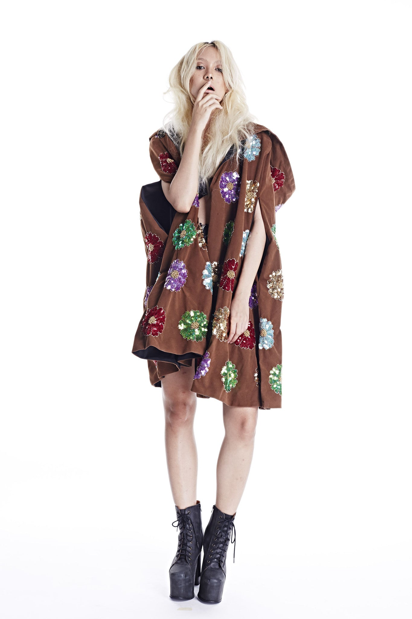 Wonderland Witch Robe - Brown