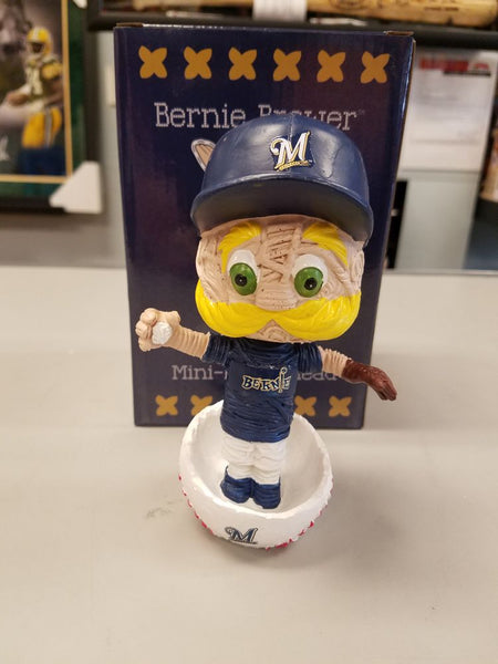2018 Bernie Brewer Stitch n Pitch Bobblehead w Original Box and Packaging