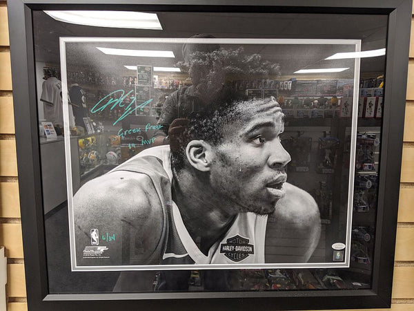 Giannis Antetokounmpo Milwaukee Bucks Signed Autographed 16X20 Photo Framed