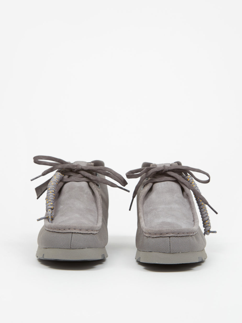 Clarks Originals Clarks Wallabee Gore-Tex Boot - Light Grey Text - Grey
