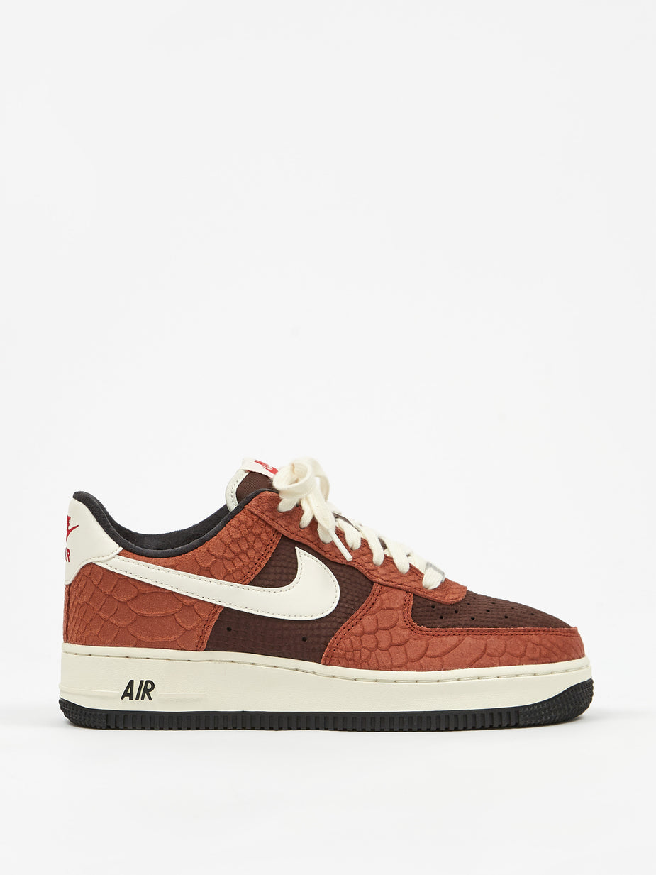 Nike Nike Air Force 1 Premium - Red Bark/Sail/Earth/Red - Red