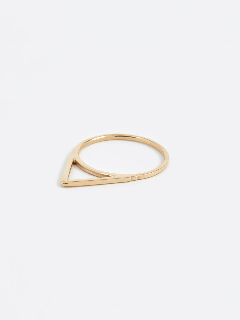Oljei Oljei Triangle Ring - Gold - Gold