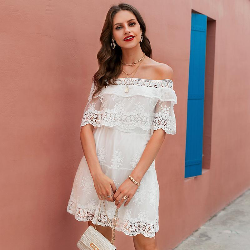 Robe Blanche Off Shoulder Bohème luxe