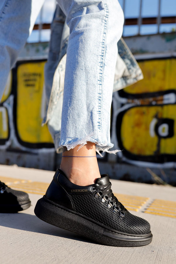 Women's Lace-up Black Sport Shoes