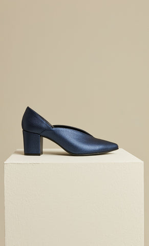 Image of Women's Navy Blue Heeled Shoes