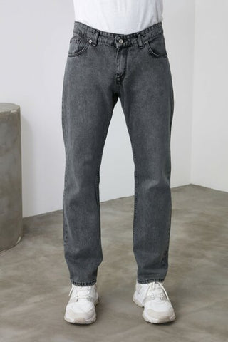 Men's Anthracite Relax-Fit Jeans