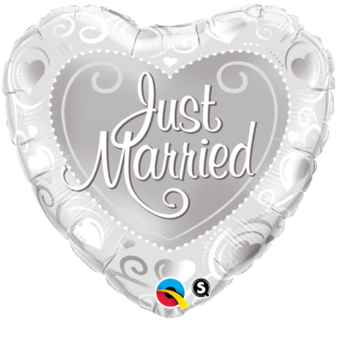 "18"" Heart Foil Just Married Hearts Silver  #15816 - Each (Pkgd.)"