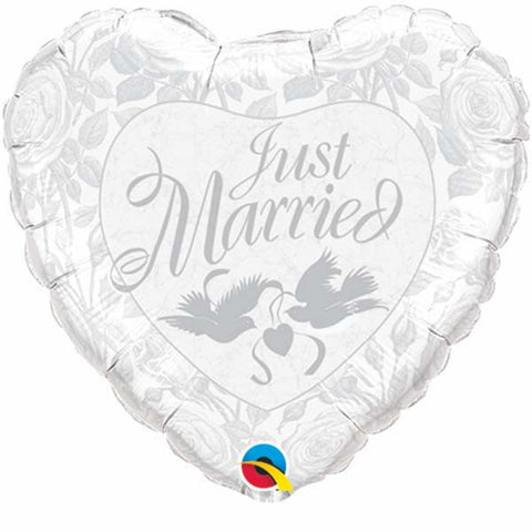 "36"" Heart Foil Just Married Pearl White & Silver #82423 - Each (Unpkgd.)"