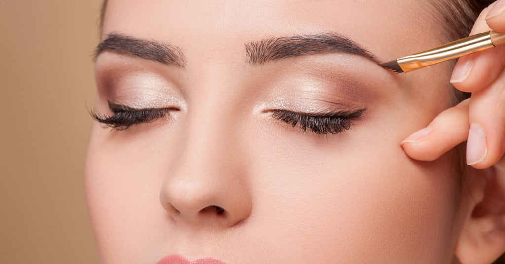 Perfecting Your Eye Makeup When Wearing a Mask