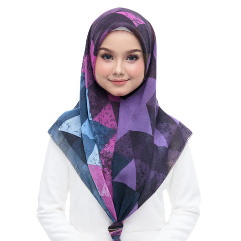 Diva Scarf - Triangle Love