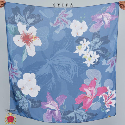 Image of April 2021 - Diva Scarf - Syifa