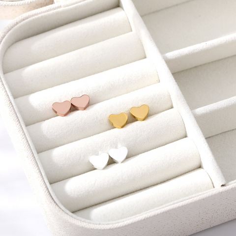 Minimalist & Simple Heart Stud Earrings