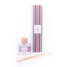 Load image into Gallery viewer, Billy's Beach Hut Reed Diffuser