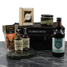 Load image into Gallery viewer, Beer Themed Gift with Pale Ale, Beer Fudge, Beer Chutney and Foodie Extras