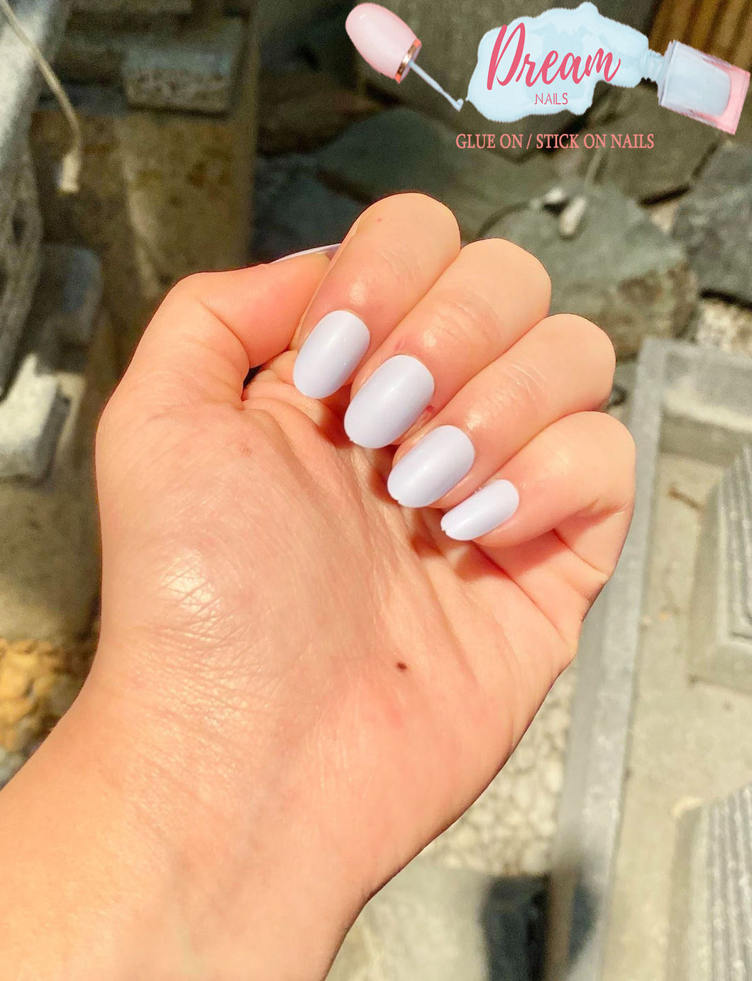 DREAM NAILS | MILKSHAKE PRESS-ON NAILS