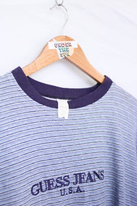 UNDER THE SUN | GUESS JEANS VINTAGE SPELL OUT TEE