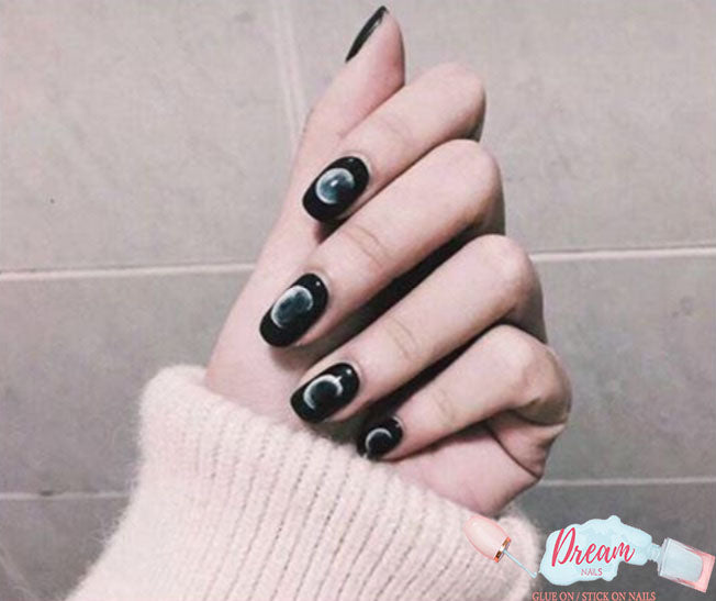 DREAM NAILS | MOONLIGHT PRESS-ON NAILS