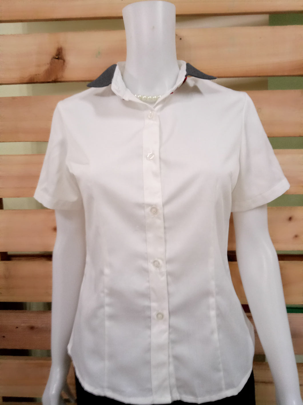 CHEERS FASHION | WHITE SHORT SLEEVES WITH COLLAR DESIGN