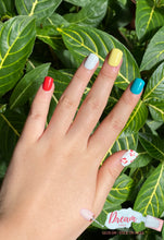 Load image into Gallery viewer, DREAM NAILS | LOVELY PRESS-ON NAILS