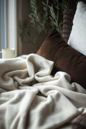 Shetland Wool Throw - Natural Herringbone