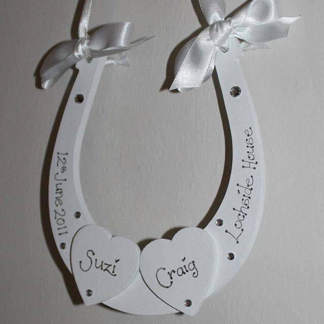 Wedding horseshoe| personalised bride & groom hand-painted gift | mr and mrs