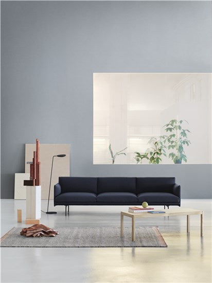 Muuto | Outline Sofa - 3 1/2-seater / Black Base