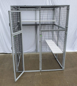 WALK-IN ENCLOSURE MODEL 560