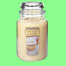 Load image into Gallery viewer, Yankee Candle Large Jar Candle Vanilla Cupcake