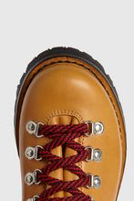 Load image into Gallery viewer, Brown leather lace-up boots