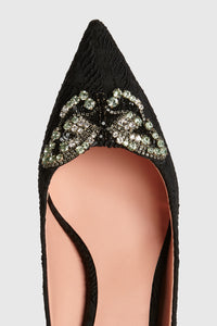 Butterfly embroidered pumps