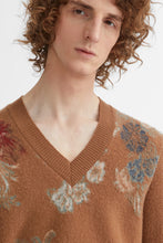 Load image into Gallery viewer, Floral jacquard cashmere jumper