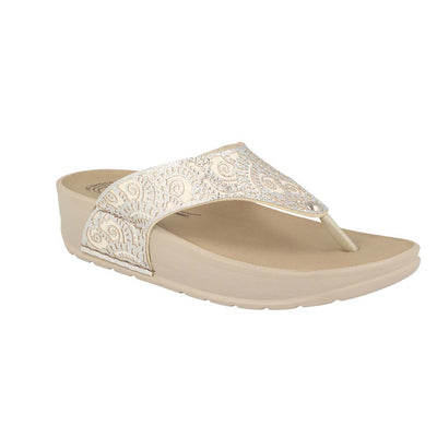 Synthetic Woman Slipper White  (380C45   A2)