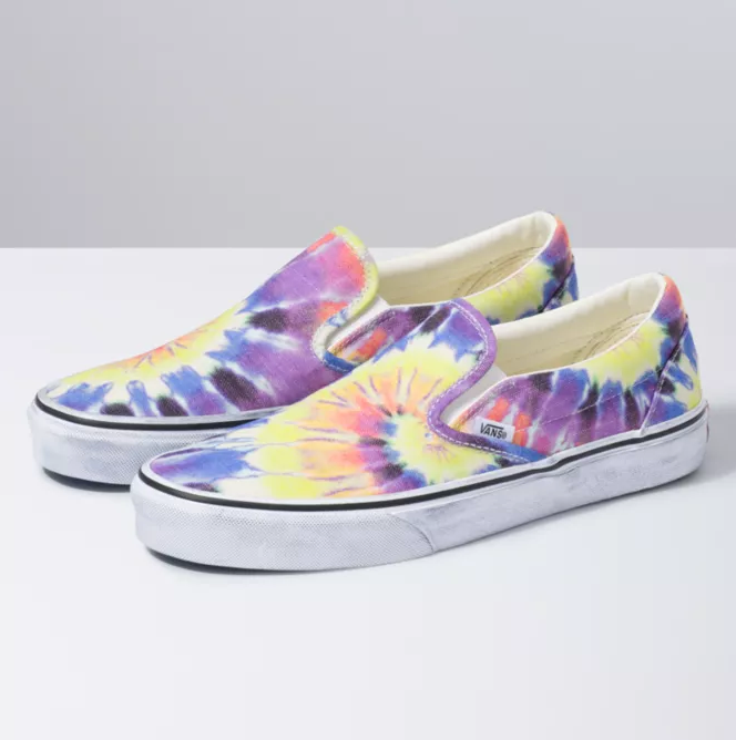Classic Slip-On (Washed) - Tie Dye/True White