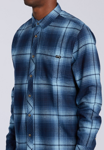 Coastline Flannel Shirt - Navy