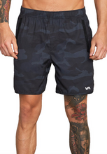"Load image into Gallery viewer, Yogger IV Recycled 17"" Workout Short - Camo"