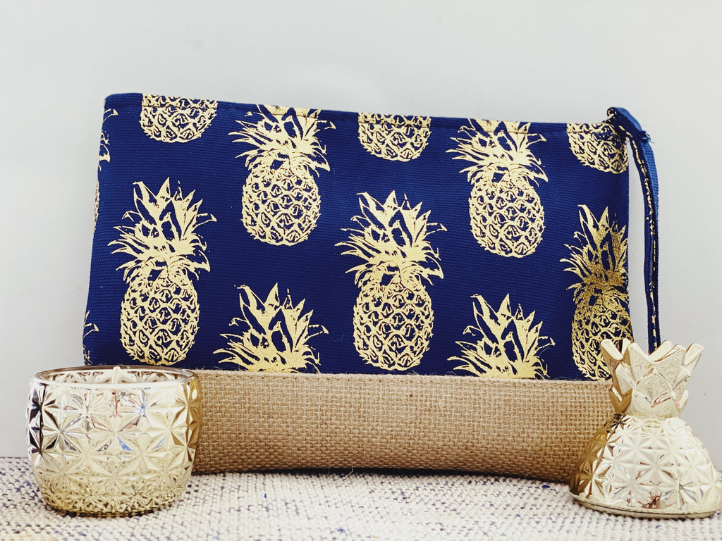 Pineapple print pouch