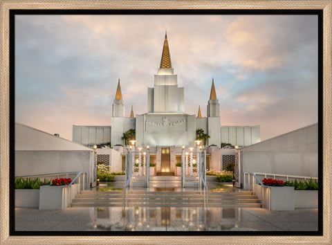 Oakland Temple Chrome Series 14x18 float frame