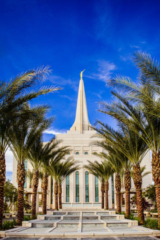 Gilbert Temple - Fontain Symmetry by Scott Jarvie