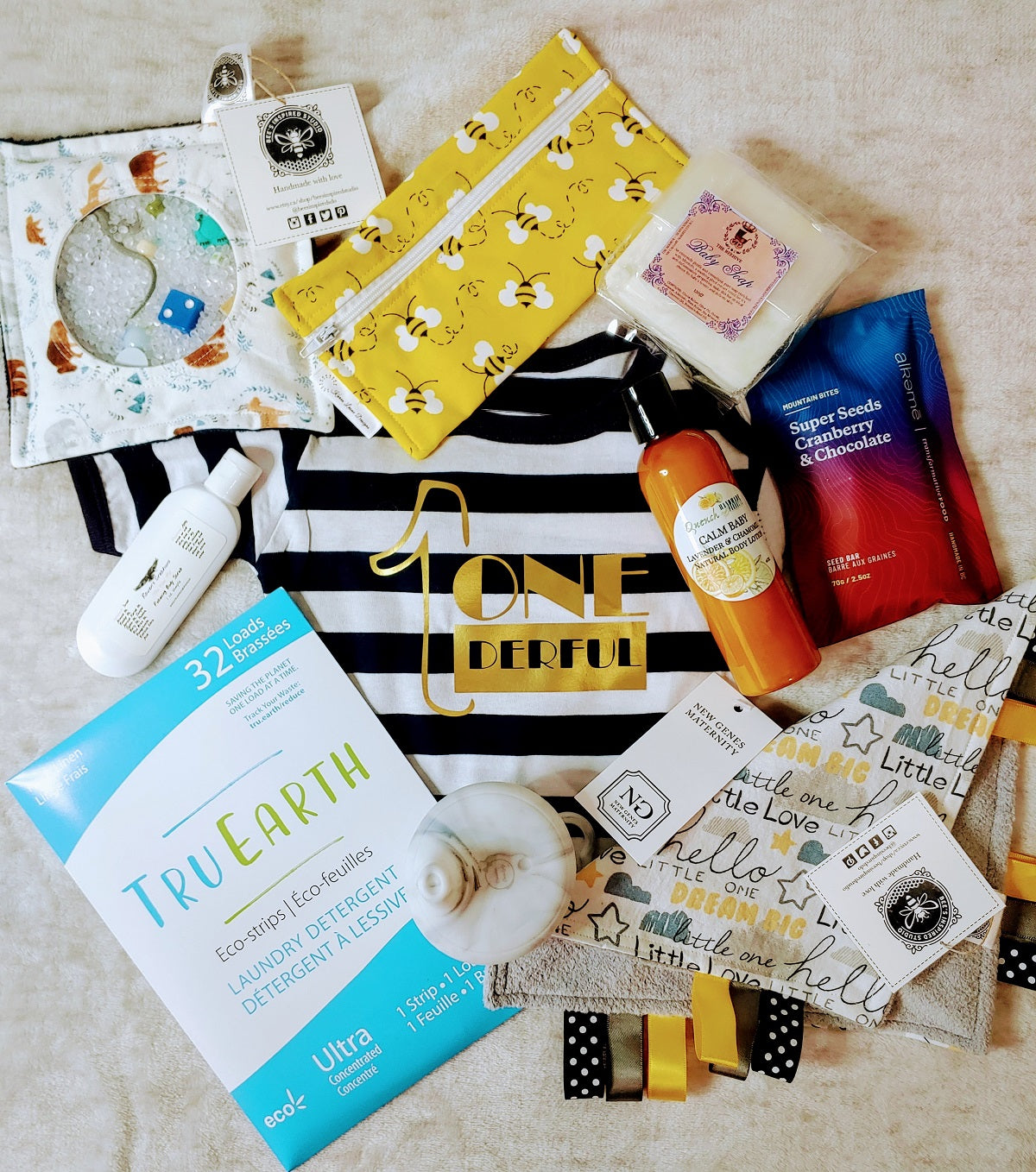 8-12 month baby gift, Canadian pregnancy box, subscription box, baby gift