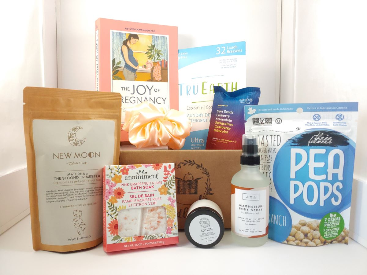 2nd trimester pregnancy box, pregnancy gift basket, self care for pregnancy