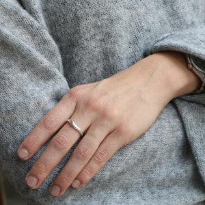 Wavy Crystal Ring