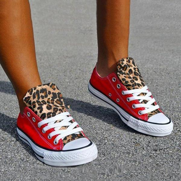 Jeschic  Lace-Up Canvas Leopard Flat Heel Casual Sneakers