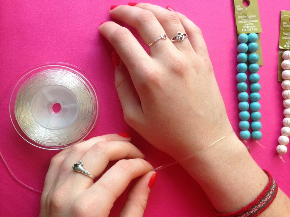 Gift How To: Distance Bracelets 4 | Smudge Ink