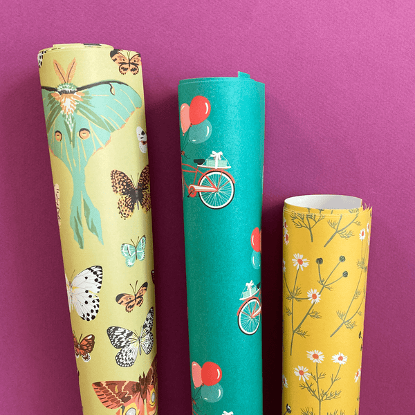 Cheerful Gift Wrap Set