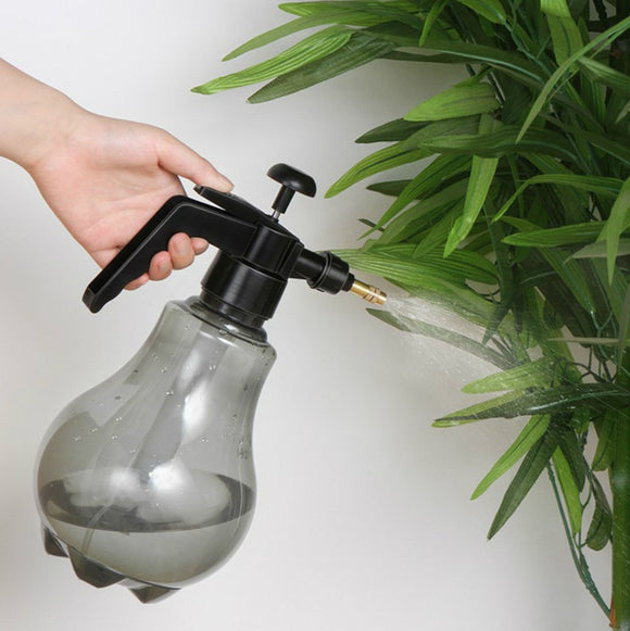 1.5L Pneumatic Spray Bottle Plant Flower Watering - Garden & House