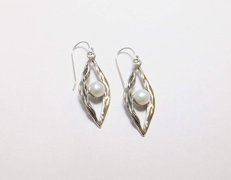 Zuman Silver Earrings with Pearl  E9967 - Dandelion Jewellery