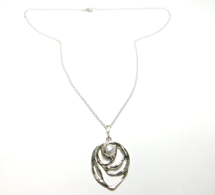Zuman Silver Necklace with Freshwater Pearl Pendant - Dandelion Jewellery